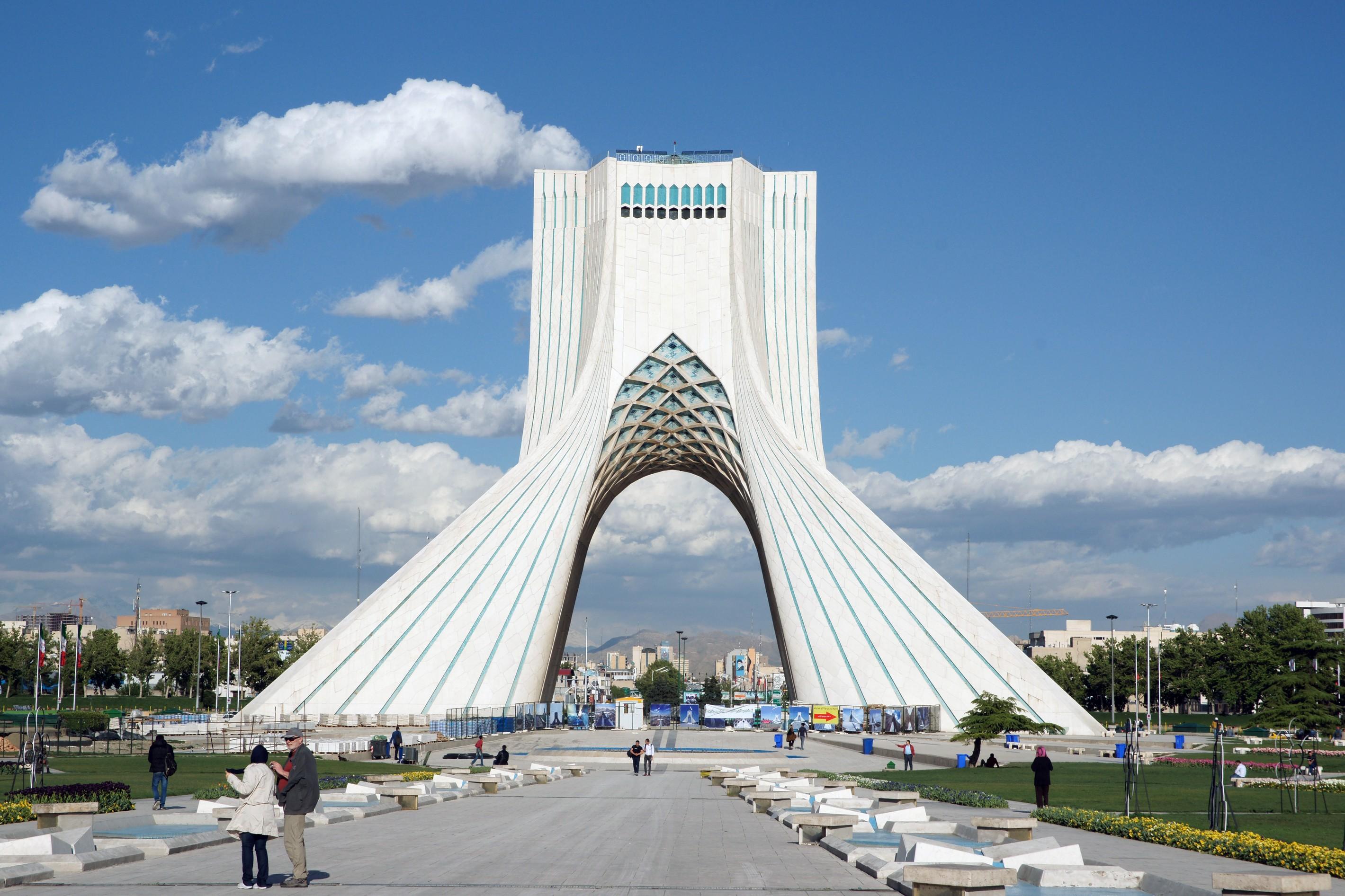 20160416_172456_A900.12231 Věž svobody (Bordž-e Ázádí), dříve Památník na šáha