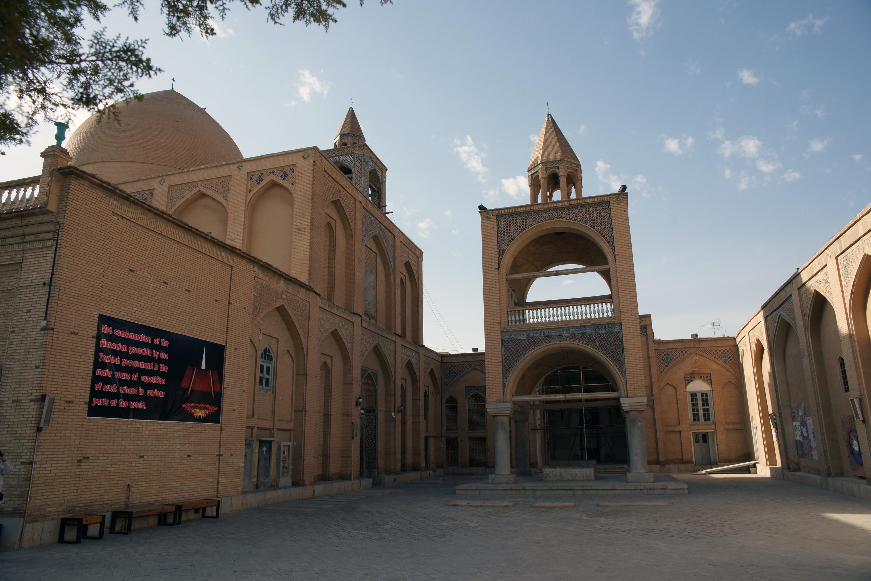 20160428_083050_A900.13163 Arménský kostel