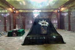 20160415_083337_HTC hrobka imáma Chomejního